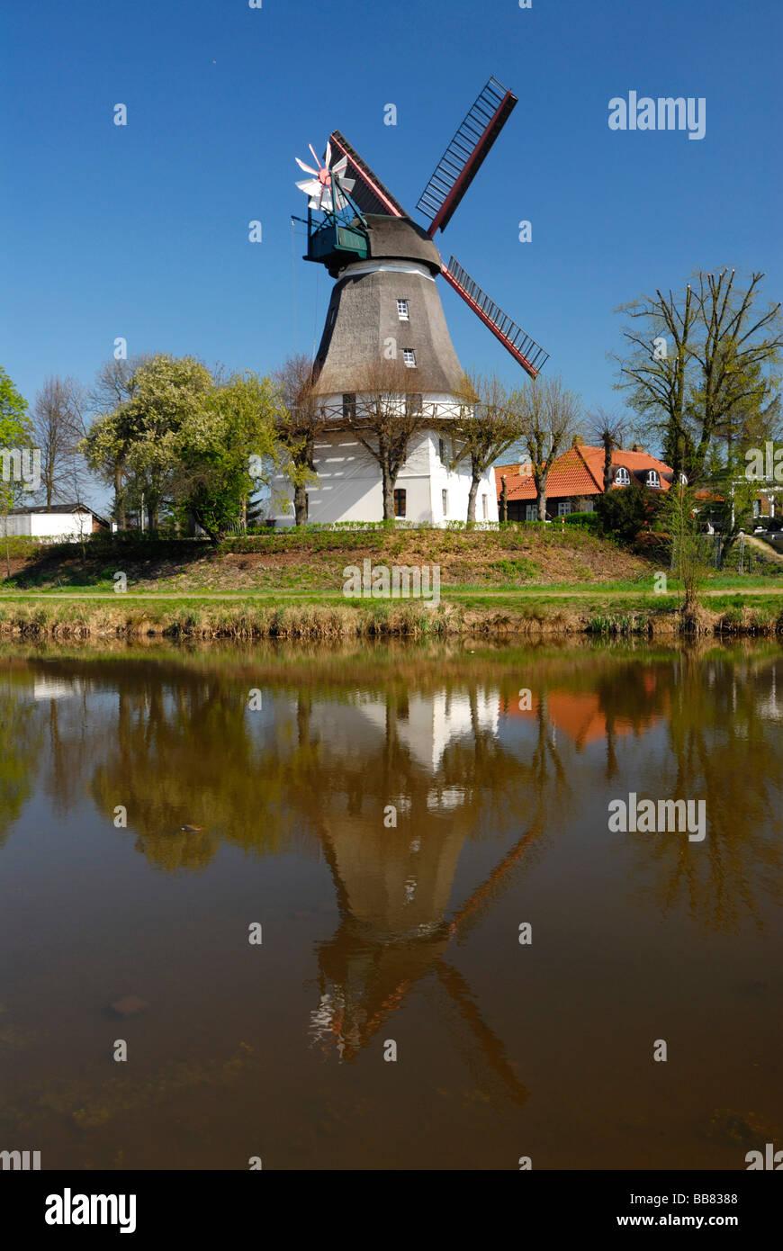 Historic Johanna windmill in Wilhelmsburg, Hamburg, Germany, Europe - Stock Image