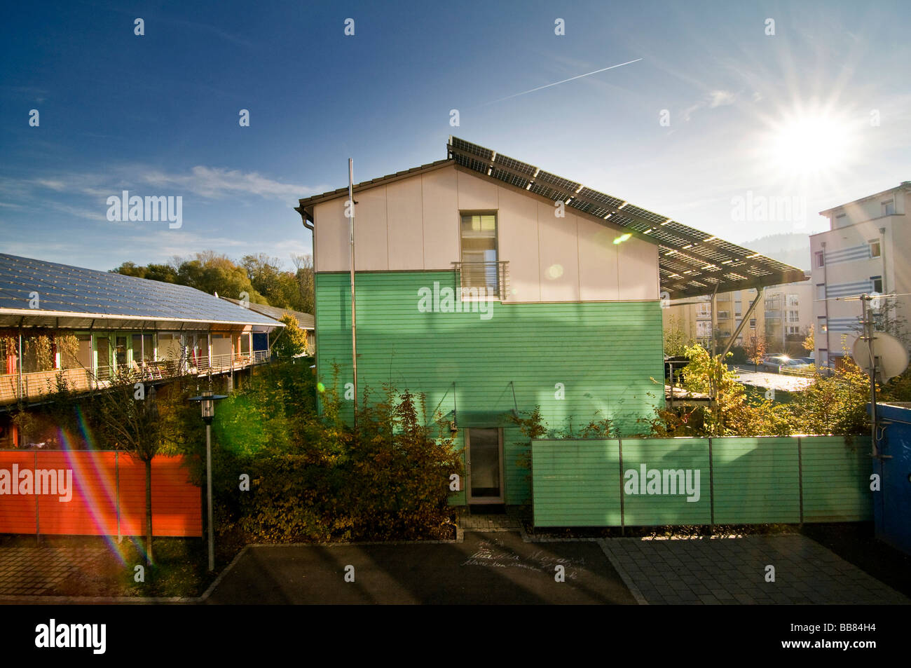 Passive houses with photovoltaic systems on their roofs, Vauban district, Freiburg im Breisgau, Baden-Wuerttemberg, - Stock Image
