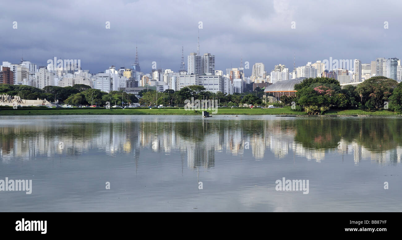 Panoramic view from the Parque de Ibirapuera park on the high-rise buildings of the Zona Sul, Sao Paulo, Brazil, Stock Photo