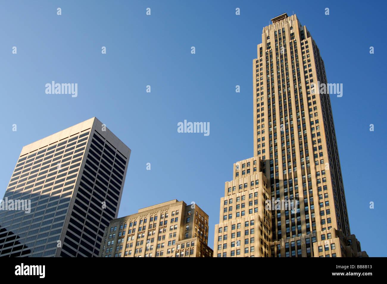 Skyscraper 500 Fifth Avenue by the architects Shreve, Lambs & Harmon, Midtown Manhattan, New York, USA - Stock Image