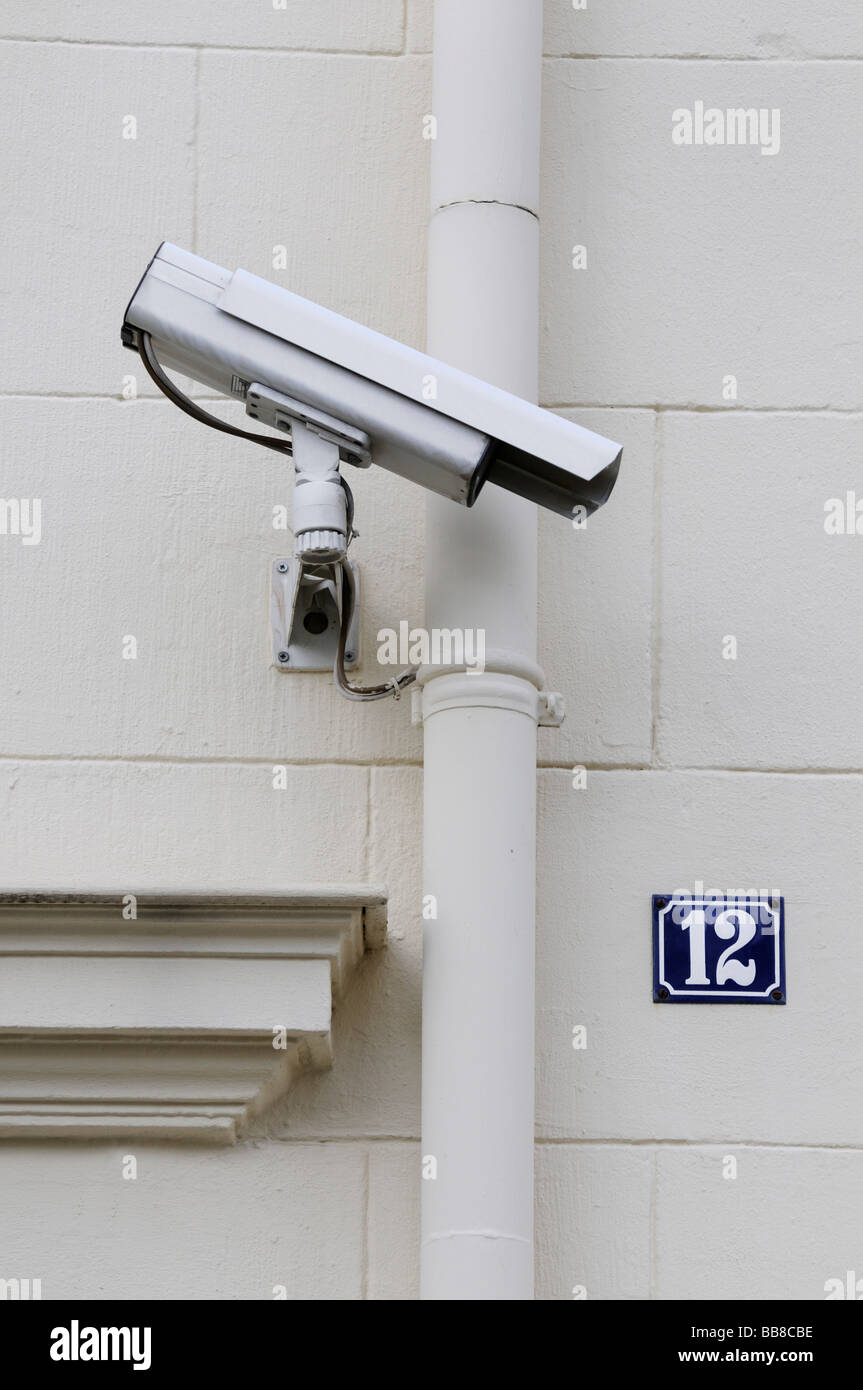 Camera at frontage of a house - Stock Image