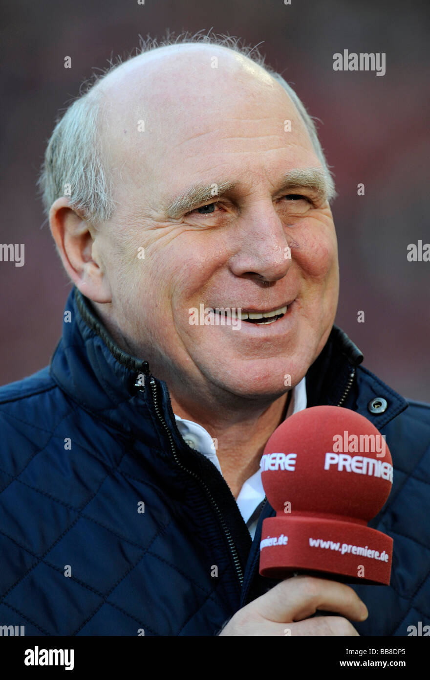 Manager Dieter HOENESS, Hertha BSC Berlin, with PREMIERE microphone - Stock Image