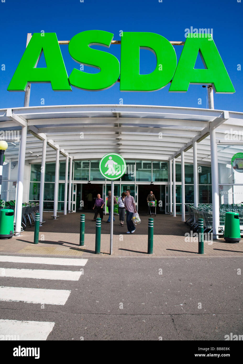 Entrance to the Asda store at Dumbarton, West Dumbartonshire, Scotland. - Stock Image