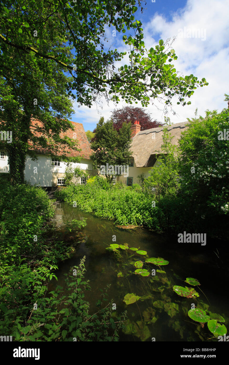 Hinxton watermill on the River Cam in Cambridgeshire. - Stock Image