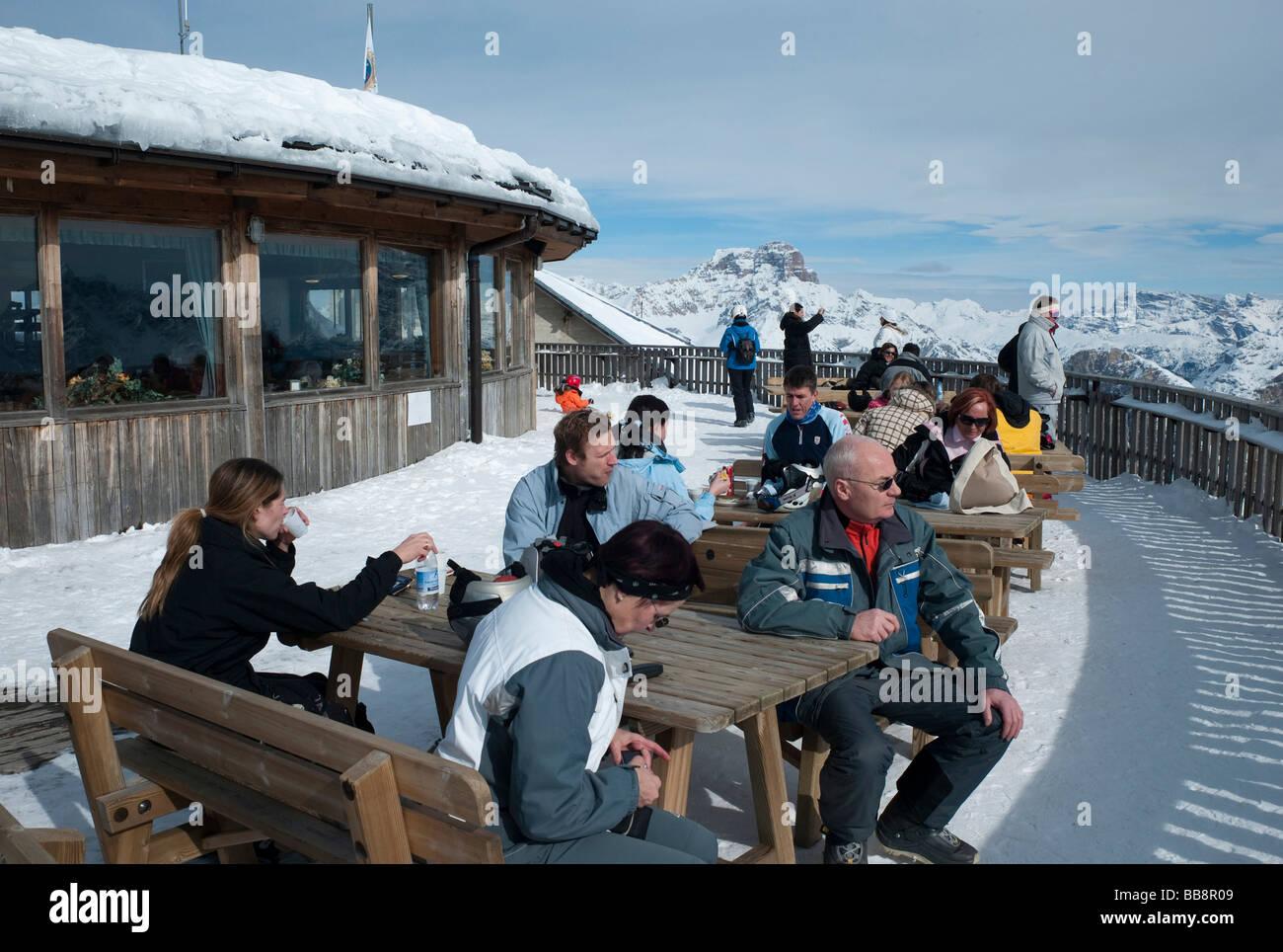 Tofane summit station, skiing area of Ra Valles-Tofana, Cortina d'Ampezzo, Dolomites, Veneto, Italy, Europe - Stock Image