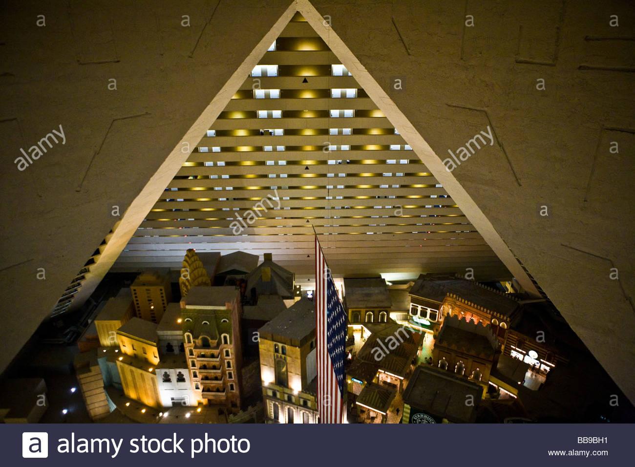 Luxor Hotel Casino Rooms