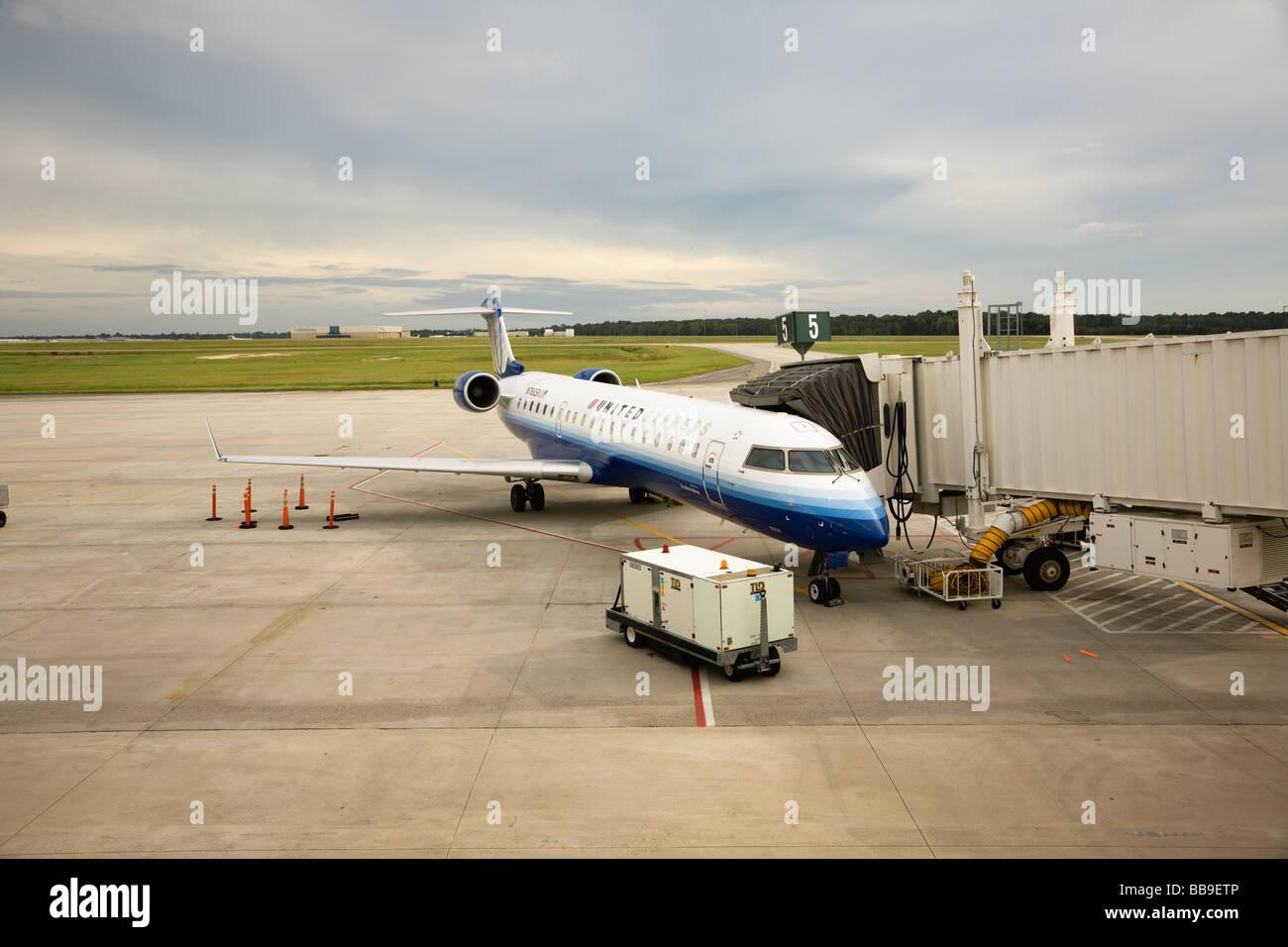 United Express Bombardier Canadair Regional Jet CRJ701 at Savannah Hilton Head Airport, Georgia, USA - Stock Image