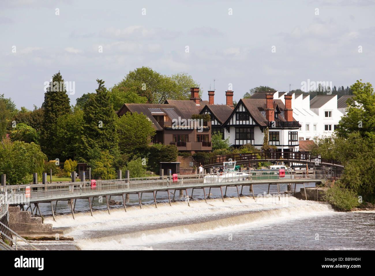 England Buckinghamshire Marlow Lock River Thames weir Stock Photo