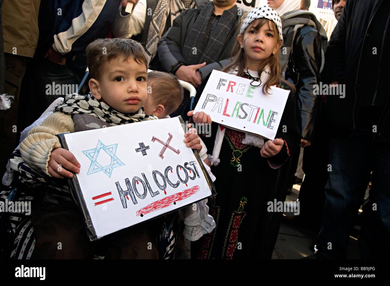 gaza protest birmingham in 2009 protest about israels invasion of gaza in november 2008 - Stock Image