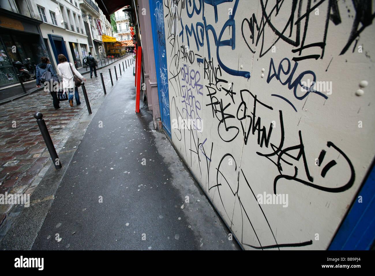 graffiti, Paris Left Bank - Stock Image