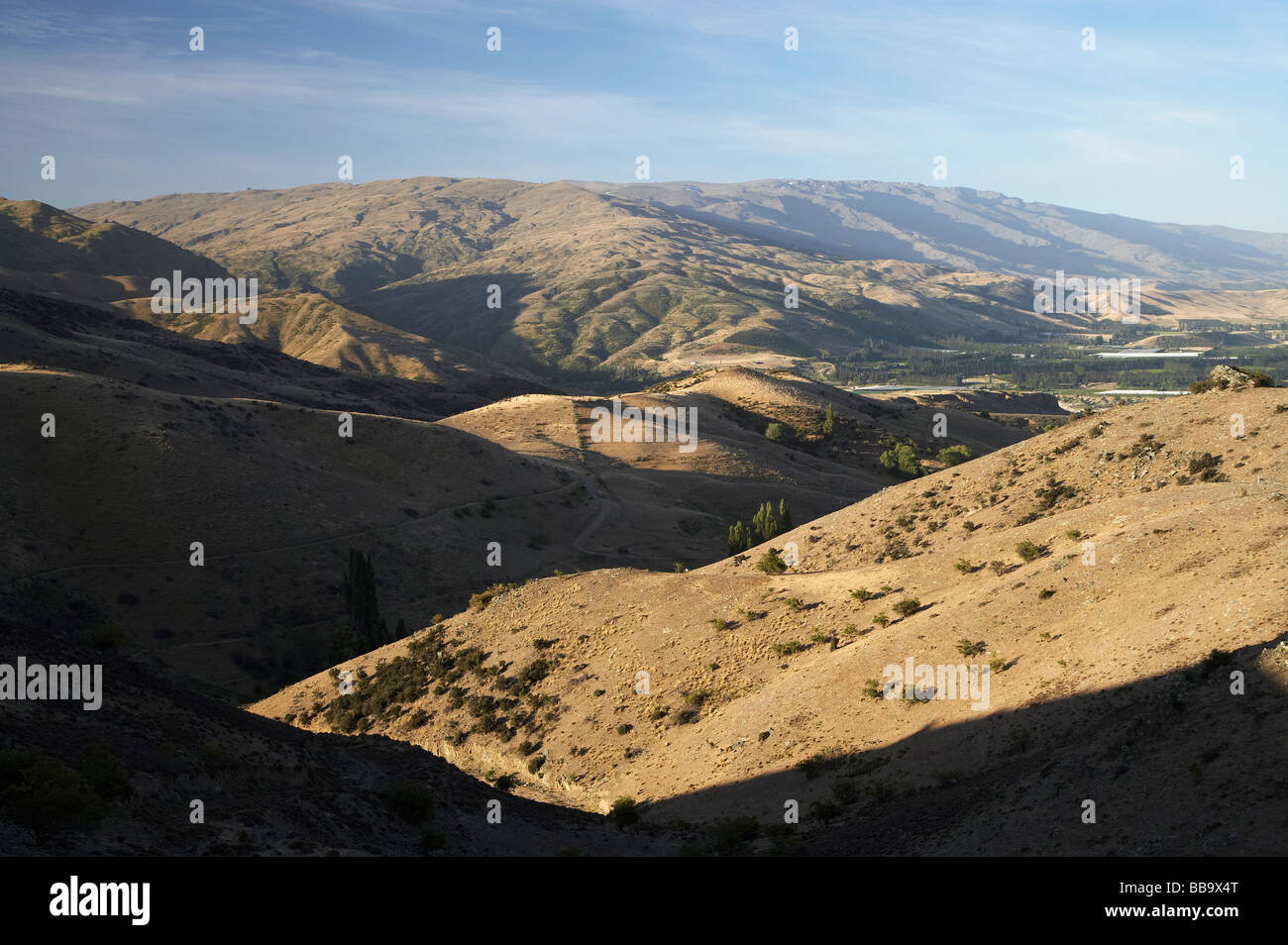 Carrick and Pisa Ranges Central Otago South Island New Zealand Stock Photo