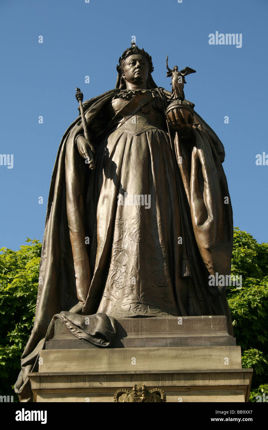 Queen Victoria ruled 1837-1901  Empress of India depicted in a sculpture by Alfred Drury Bradford Yorkshire England - Stock Image