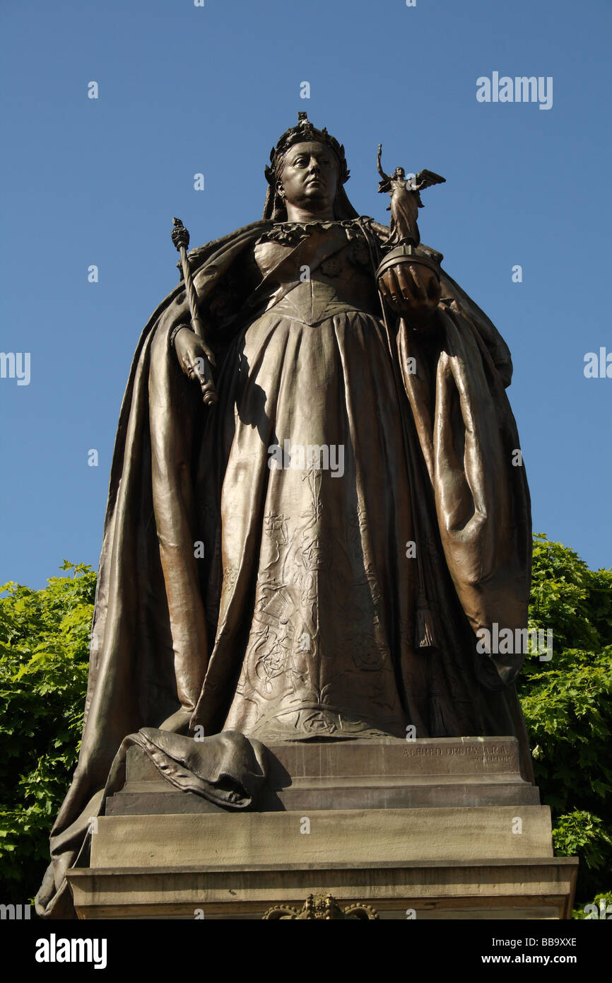 Queen Victoria ruled 1837 - 1901  Empress of India depicted in a sculpture by Alfred Drury Bradford Yorkshire - Stock Image