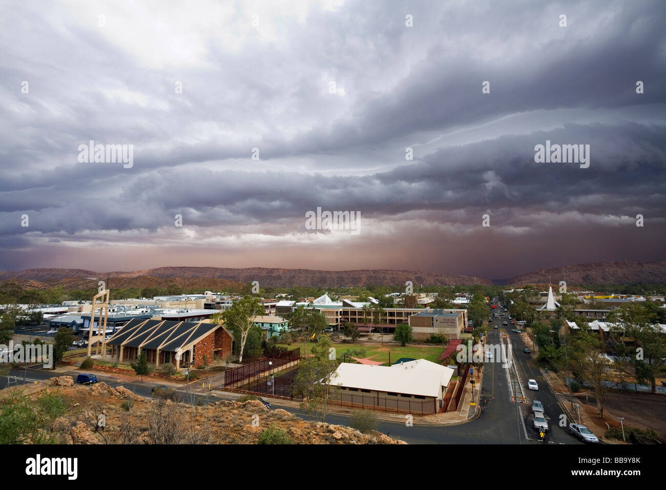 Storm clouds above Alice Springs as a dust storm approaches the outback town.   Alice Springs, Northern Territory, - Stock Image
