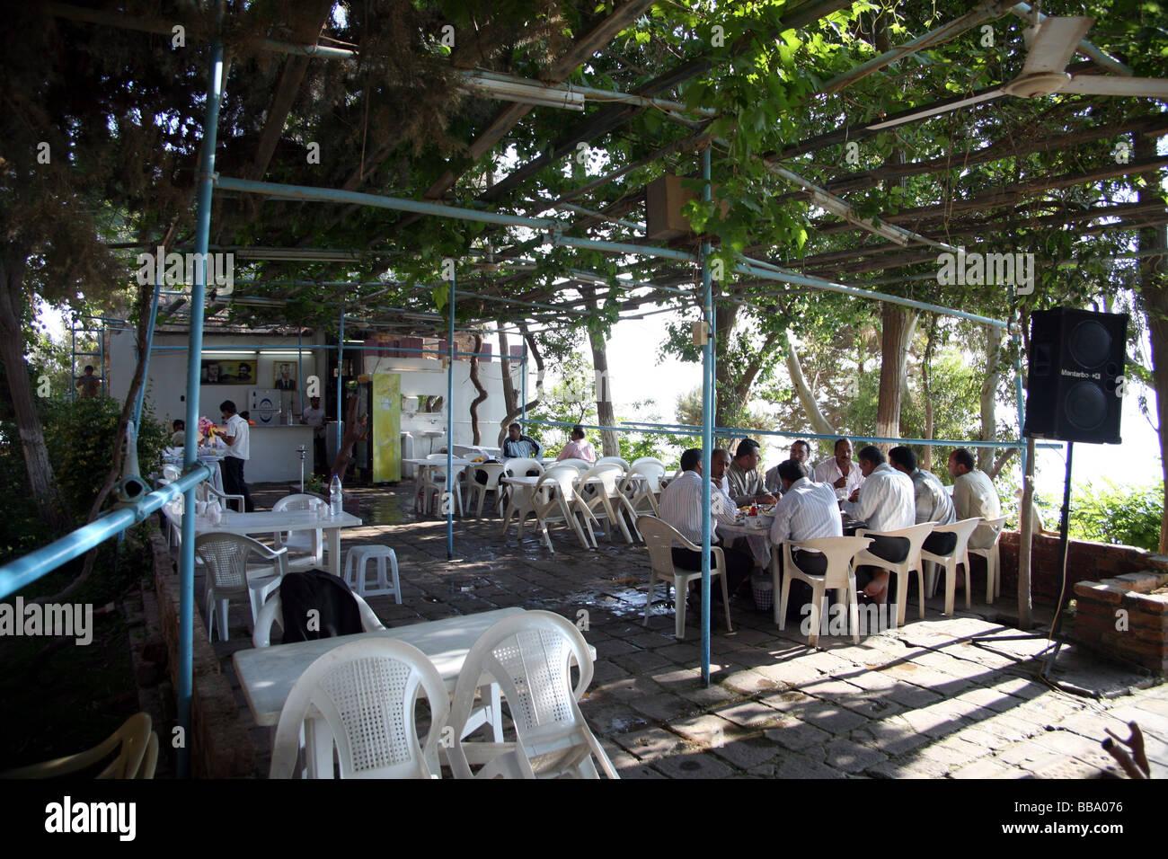 Restaurant near Qala' at ja' abar at lake Assad Syria - Stock Image