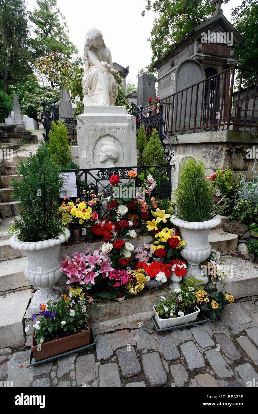 Frederic Chopin grave site Pere Lachaise cemetery Paris - Stock Image