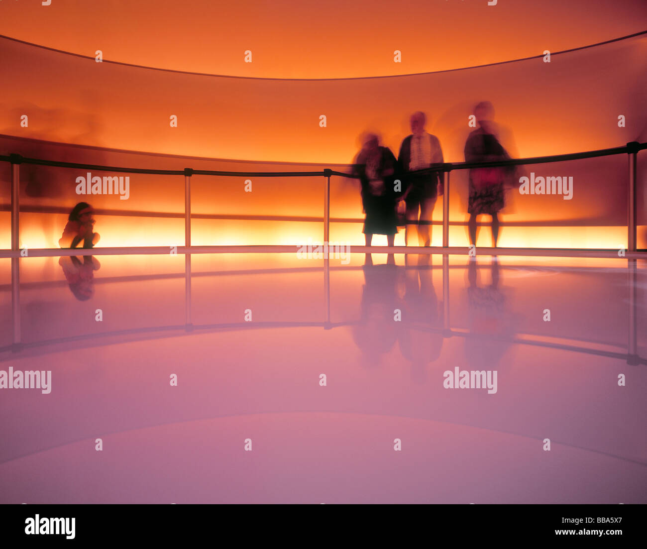 People watching pavilion at the Water Expo (long exposure), Zaragoza, Spain. - Stock Image
