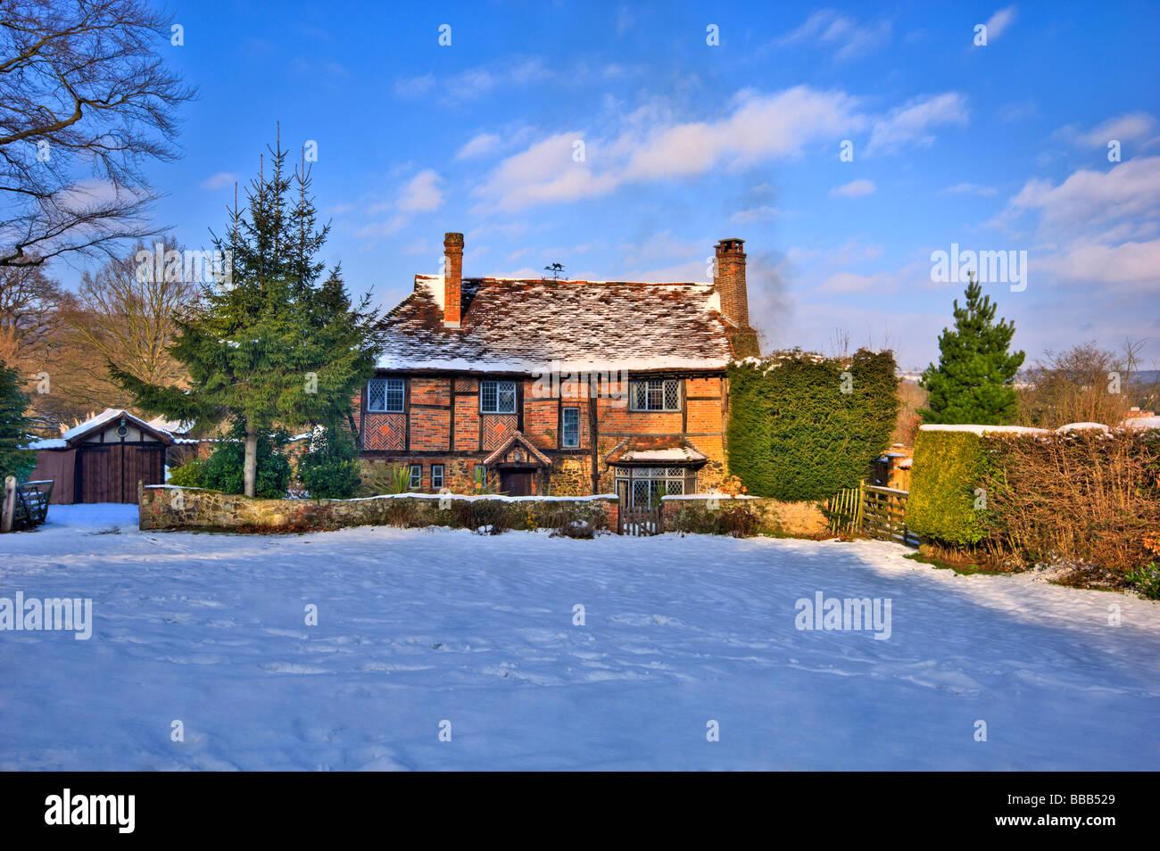 old tudor style house westerham england uk winter - Stock Image