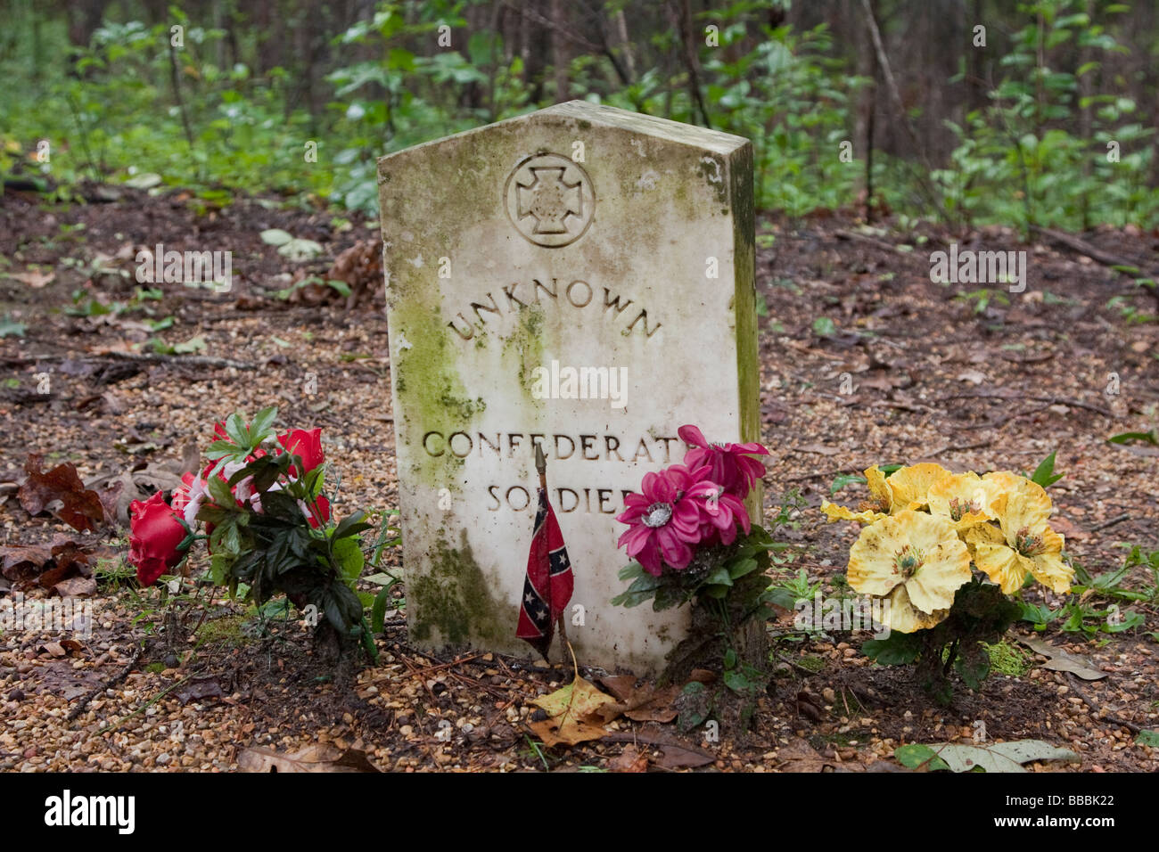 Natchez Trace Parkway, Mile 269, near Tupelo, Mississippi, USA.  Gravestone for Unknown Confederate Soldier. - Stock Image