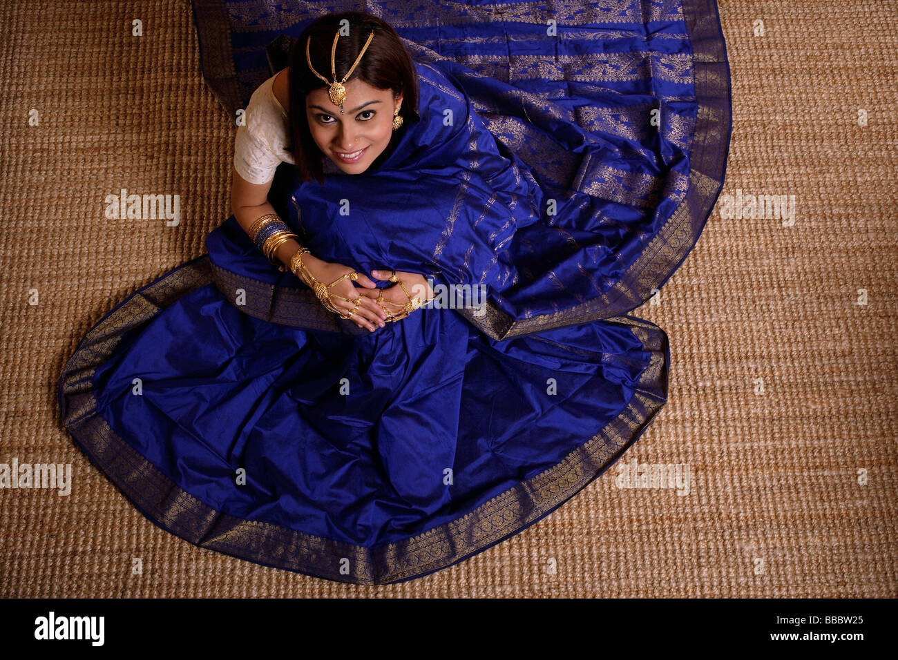 Indian woman wearing traditional wedding jewelry Stock Photo