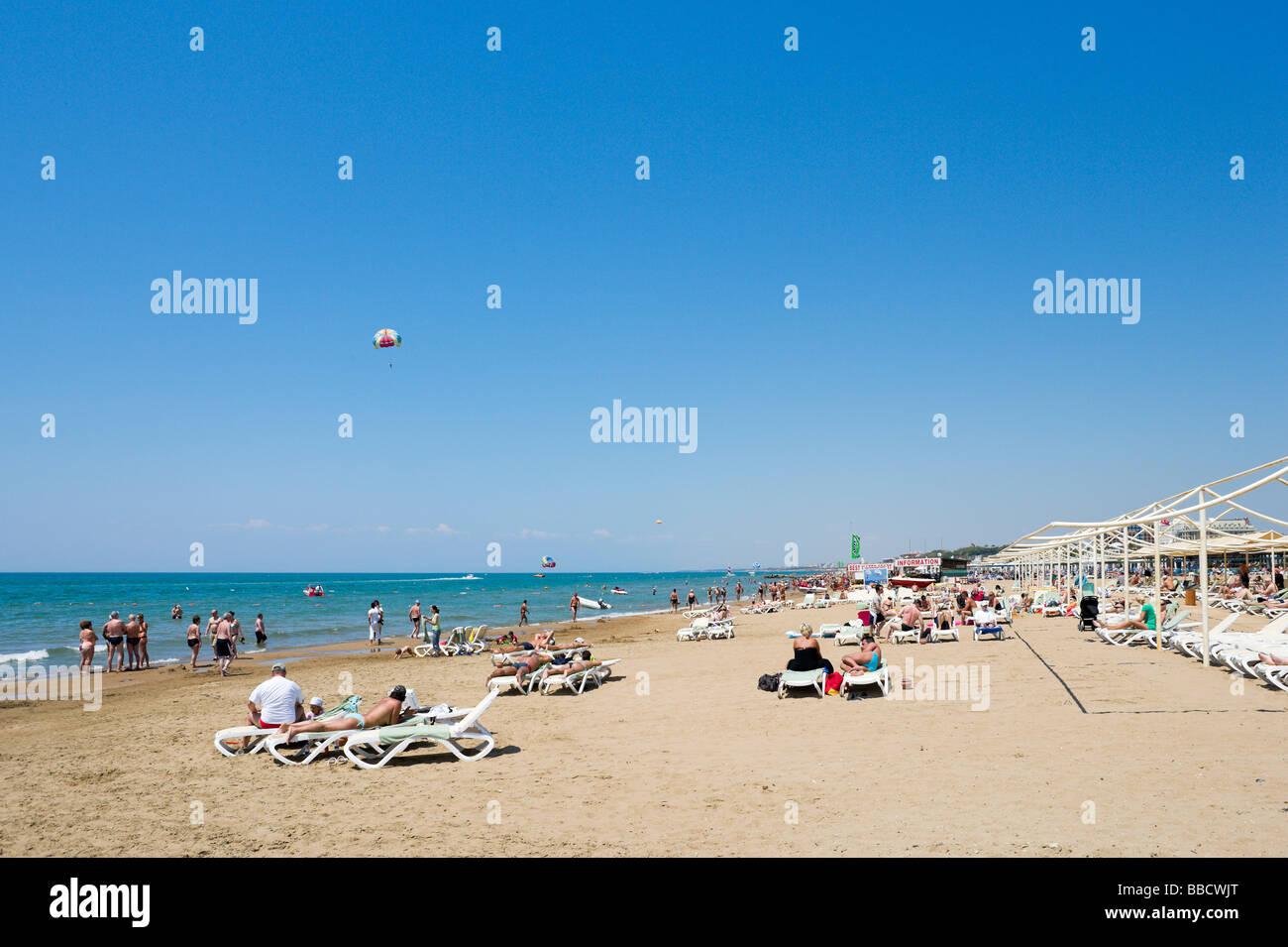 Beach to the west of Side, Mediterranean Coast, Turkey - Stock Image