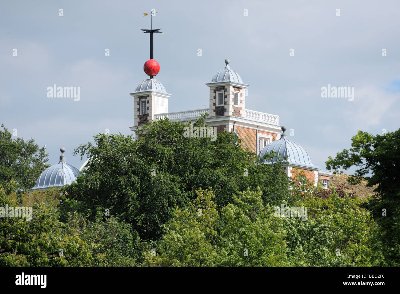 Greenwich Time Ball over Flamsteed House Greenwich London England UK - Stock Image