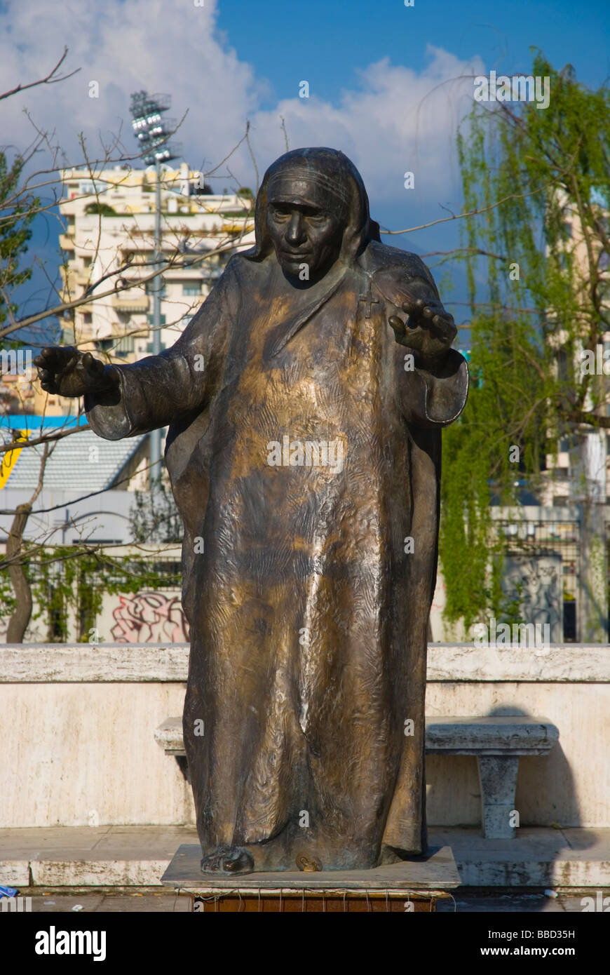 Statue of Mother Teresa at University in Tirana Albania Europe - Stock Image