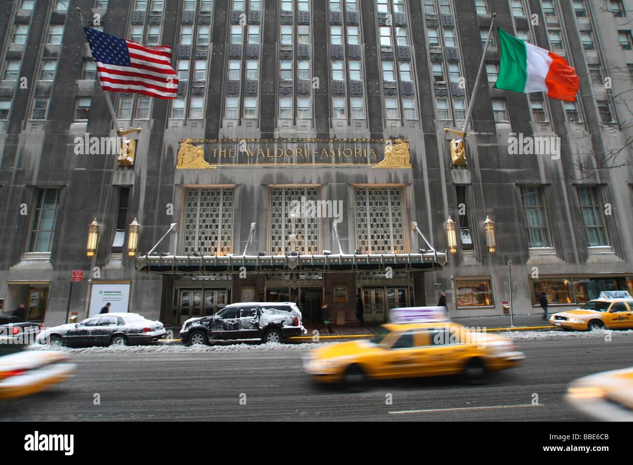 Waldorf-Astoria, hotel, Midtown, NYC, Manhattan, New York City, USA, United States of America - Stock Image