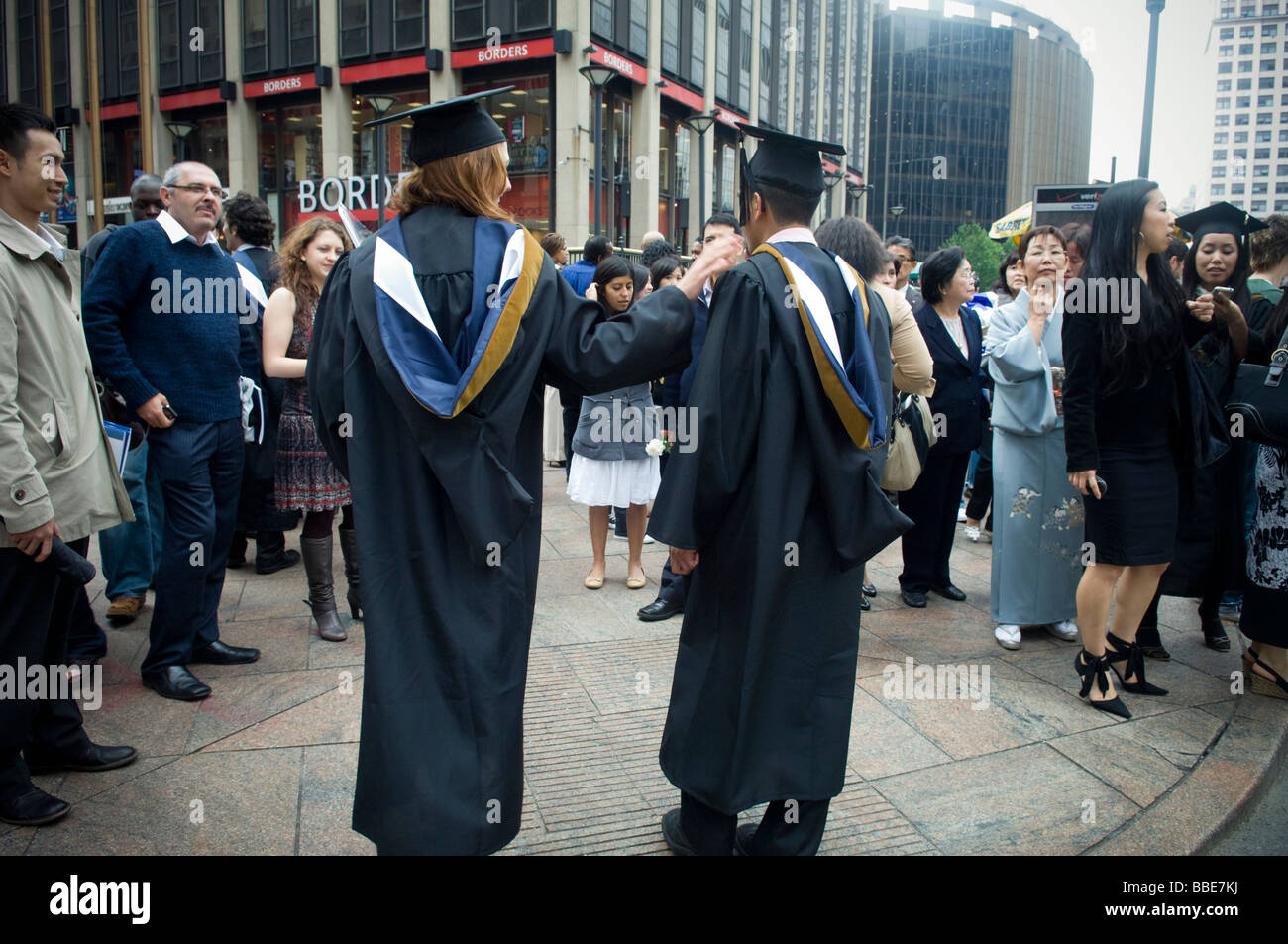 Crowds At The Graduation Stock Photos Crowds At The Graduation Stock Images Alamy