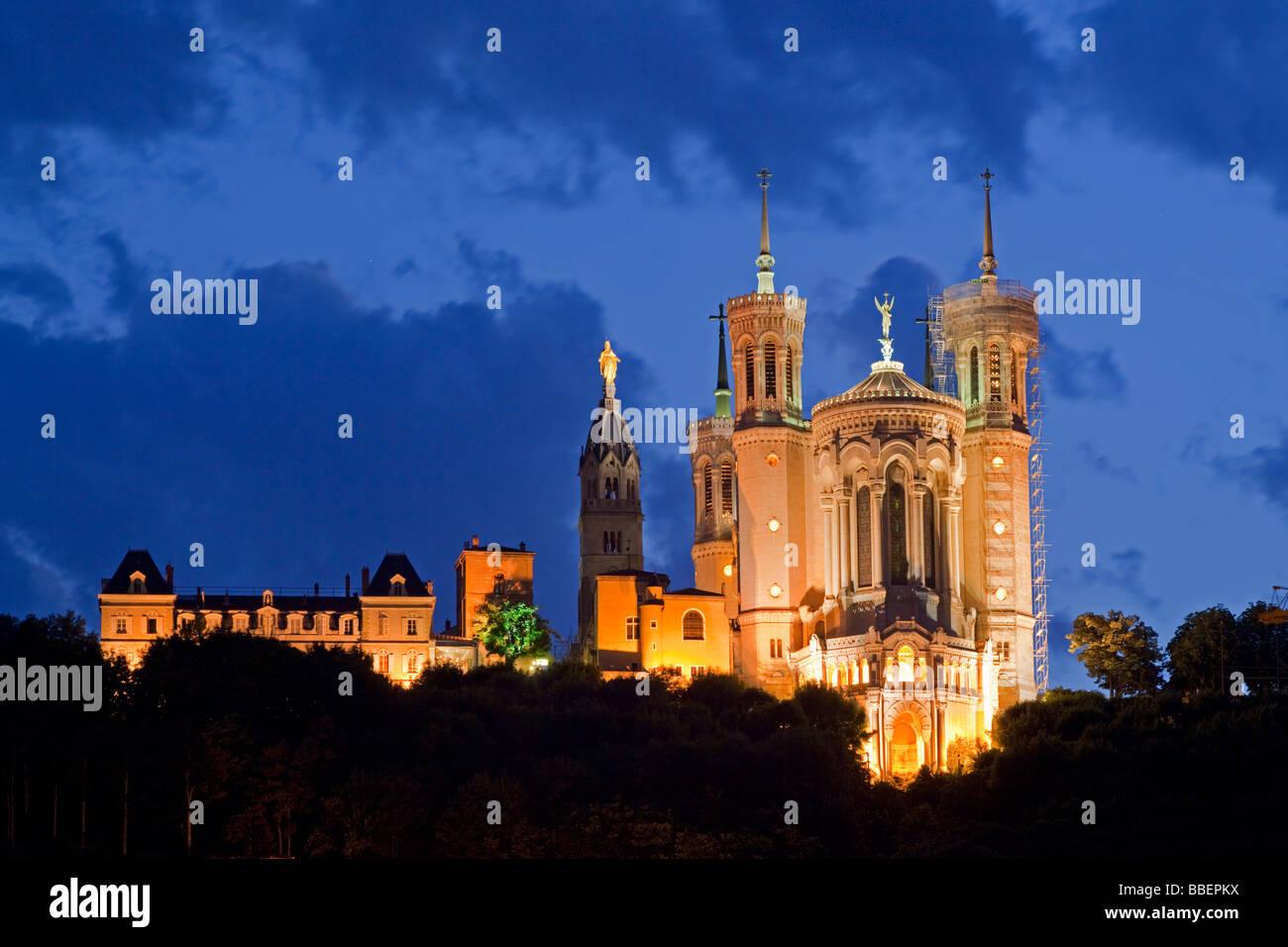 Notre Dame de Fourviere at twilight Lyon Rhone Alps France - Stock Image