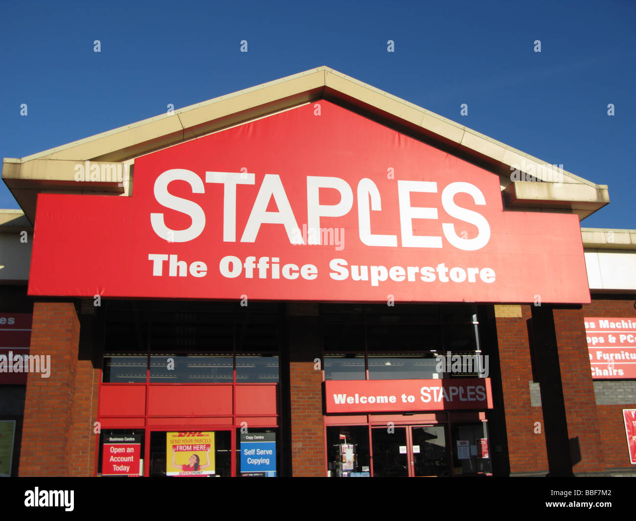 What Time Does Staples Open Today >> Staples Office Store Superstore At Marsh Barton Retail Park