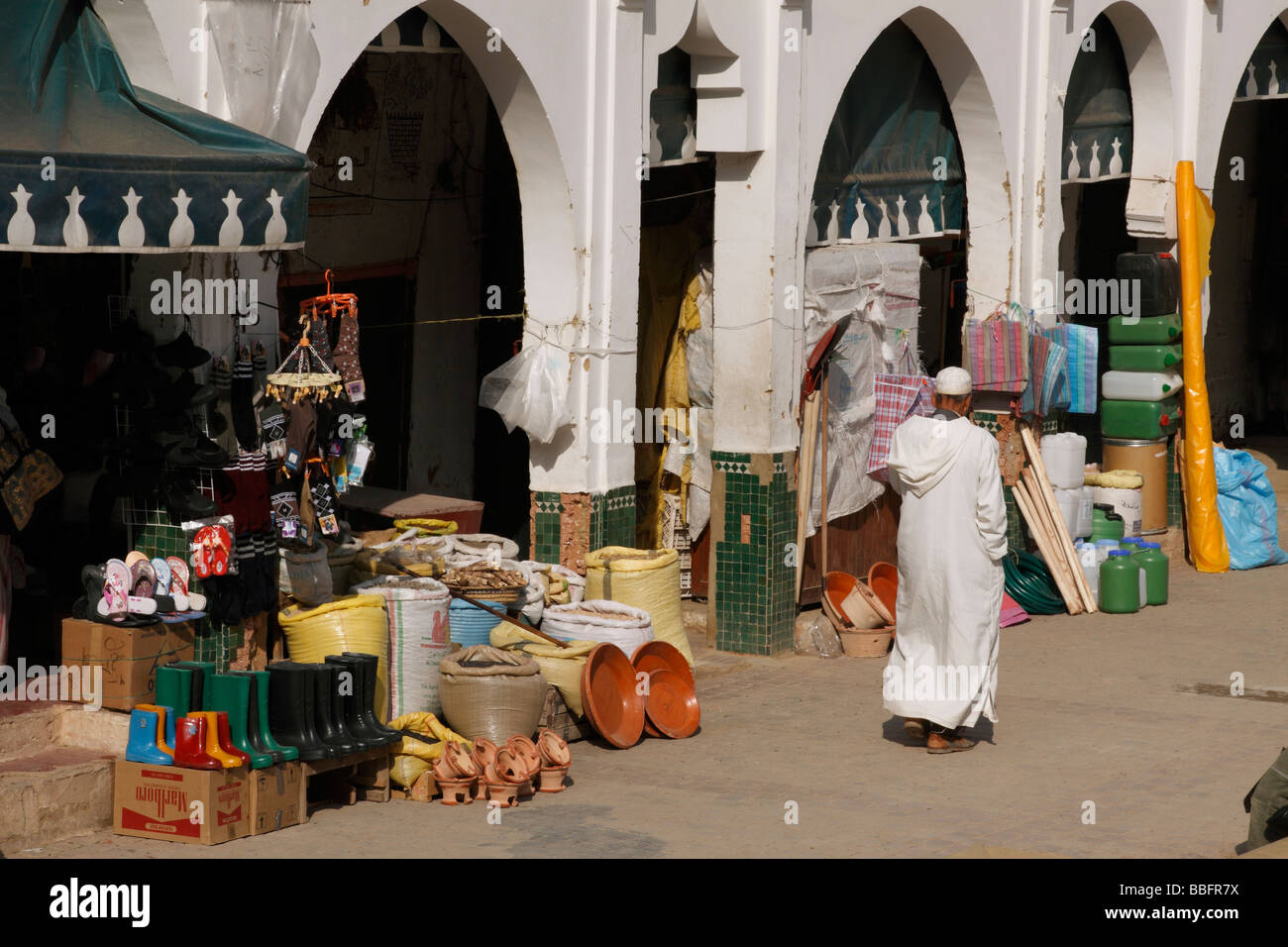 Africa, North Africa, Morocco, Moulay Idriss, Town Square, Shop Fronts - Stock Image