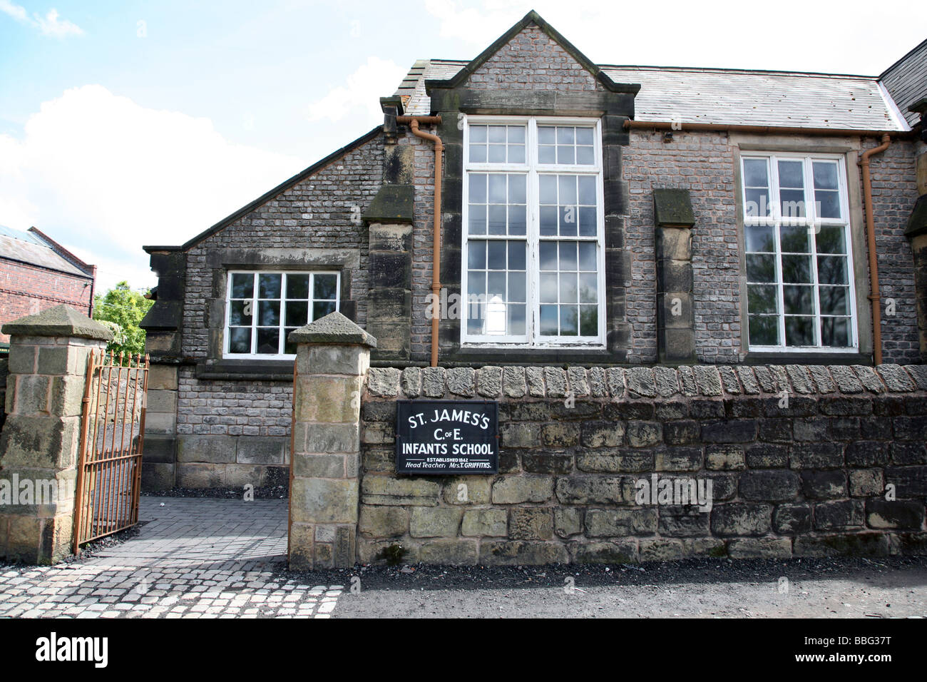 Victorian period infants school rebuilt in open air museum, W Midlands - Stock Image