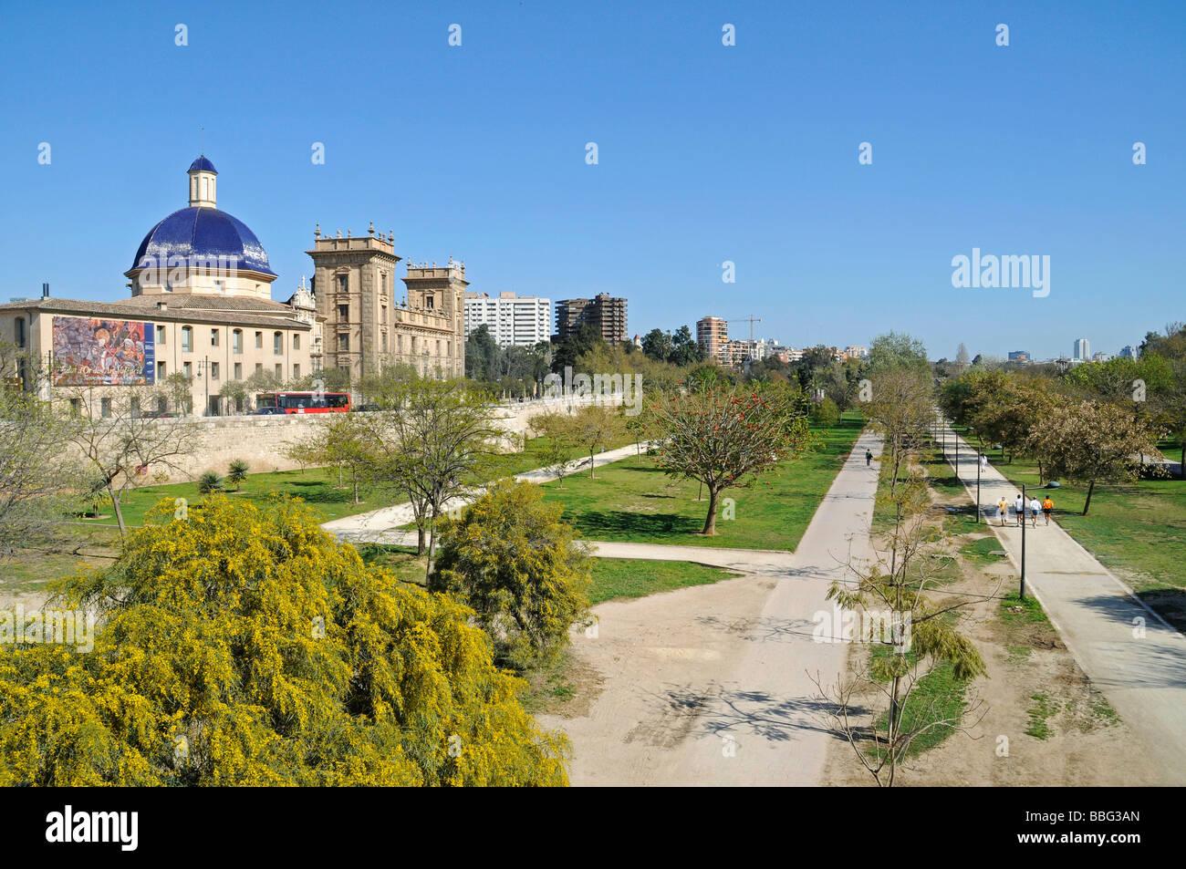 Jardines del turia rio turia river bed park museo de bellas stock photo 24325469 alamy - Jardin del turia valencia ...