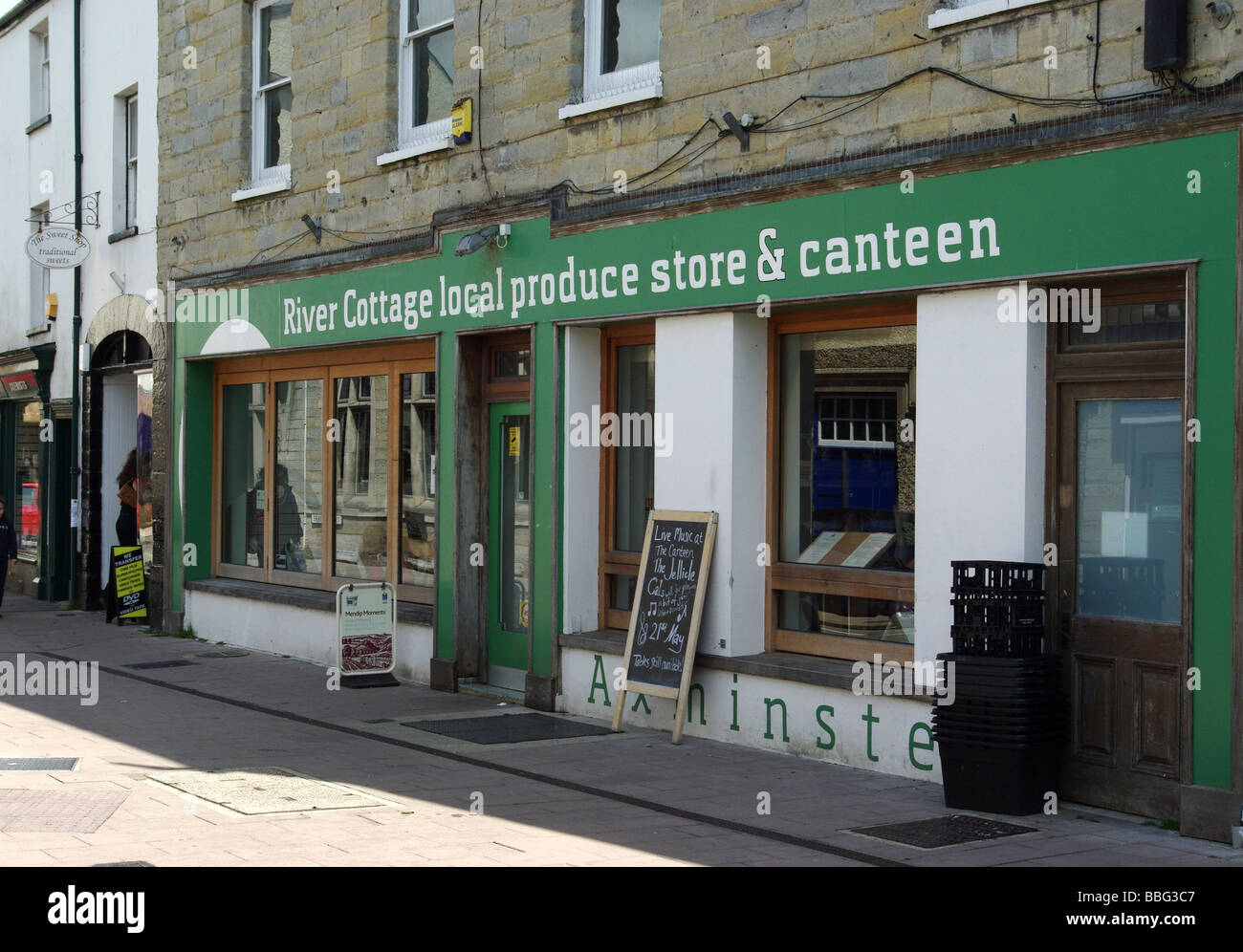 Hugh Fearnley-Whittingstall' s River Cafe shop and canteen in Axminster, Devon, UK - Stock Image