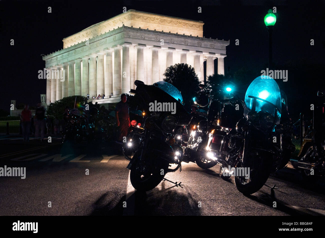 Motorcycles silhouetted in front of the Lincoln Memorial in Washington DC. - Stock Image