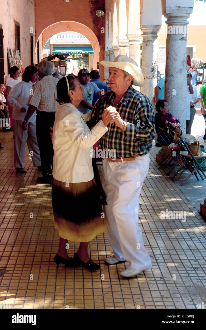 Dance music on a sunday morning in Merida, Yucatan, Mexico, Central America - Stock Image