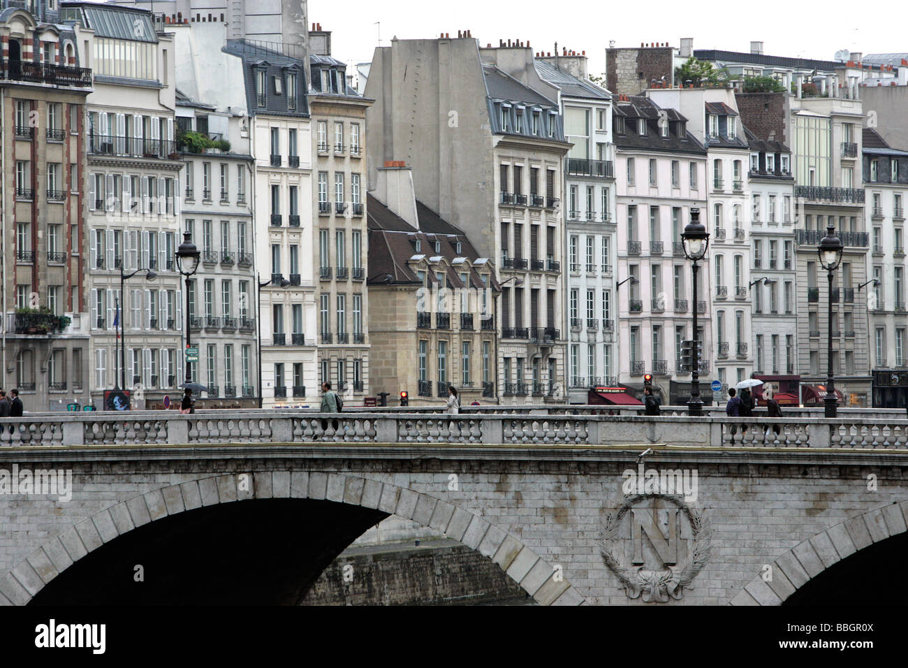 Pont Saint-Michel, left bank, Paris, France - Stock Image