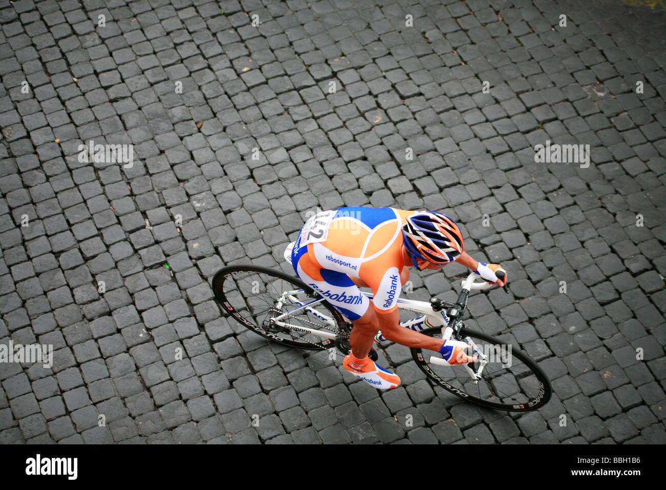 Mauricio Ardila Cano cycling in Tour of Italy cycle bike road race - Stock Image