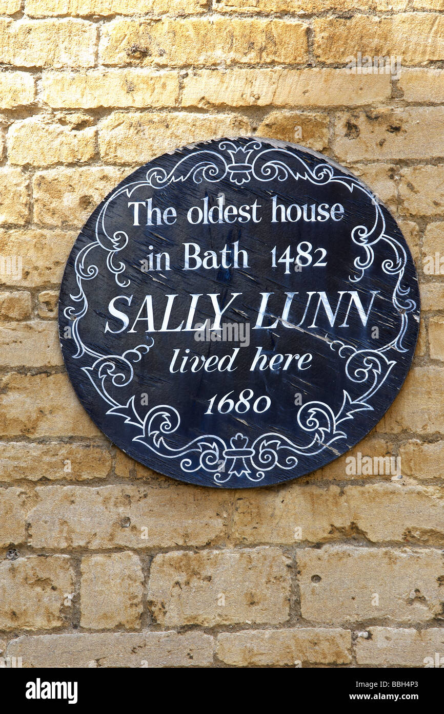 Baths Sally Lunns tearooms. Home of the Sally lunn bun and the oldest house in Bath. Stock Photo