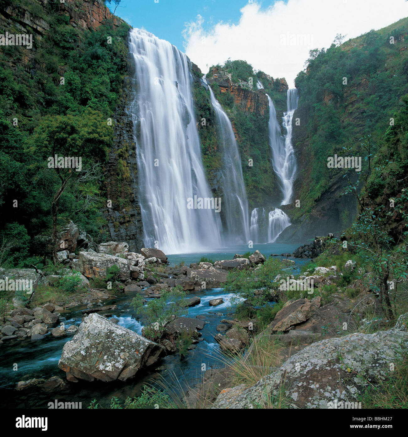 THE HIGHVELD IS KNOWN FOR THE SCENIC APPEAL OF ITS MANY WATERFALLS - Stock Image