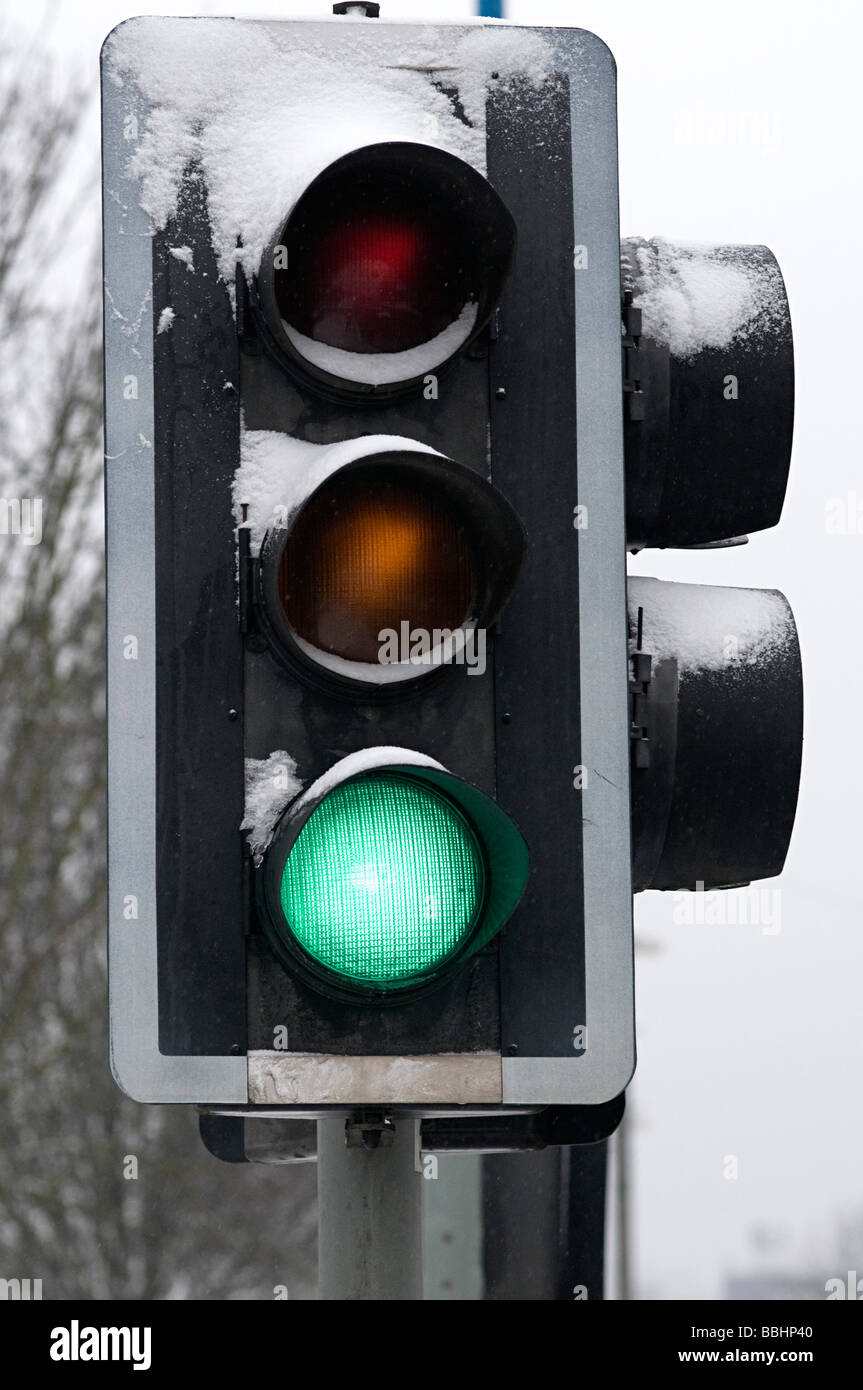 british red light green light