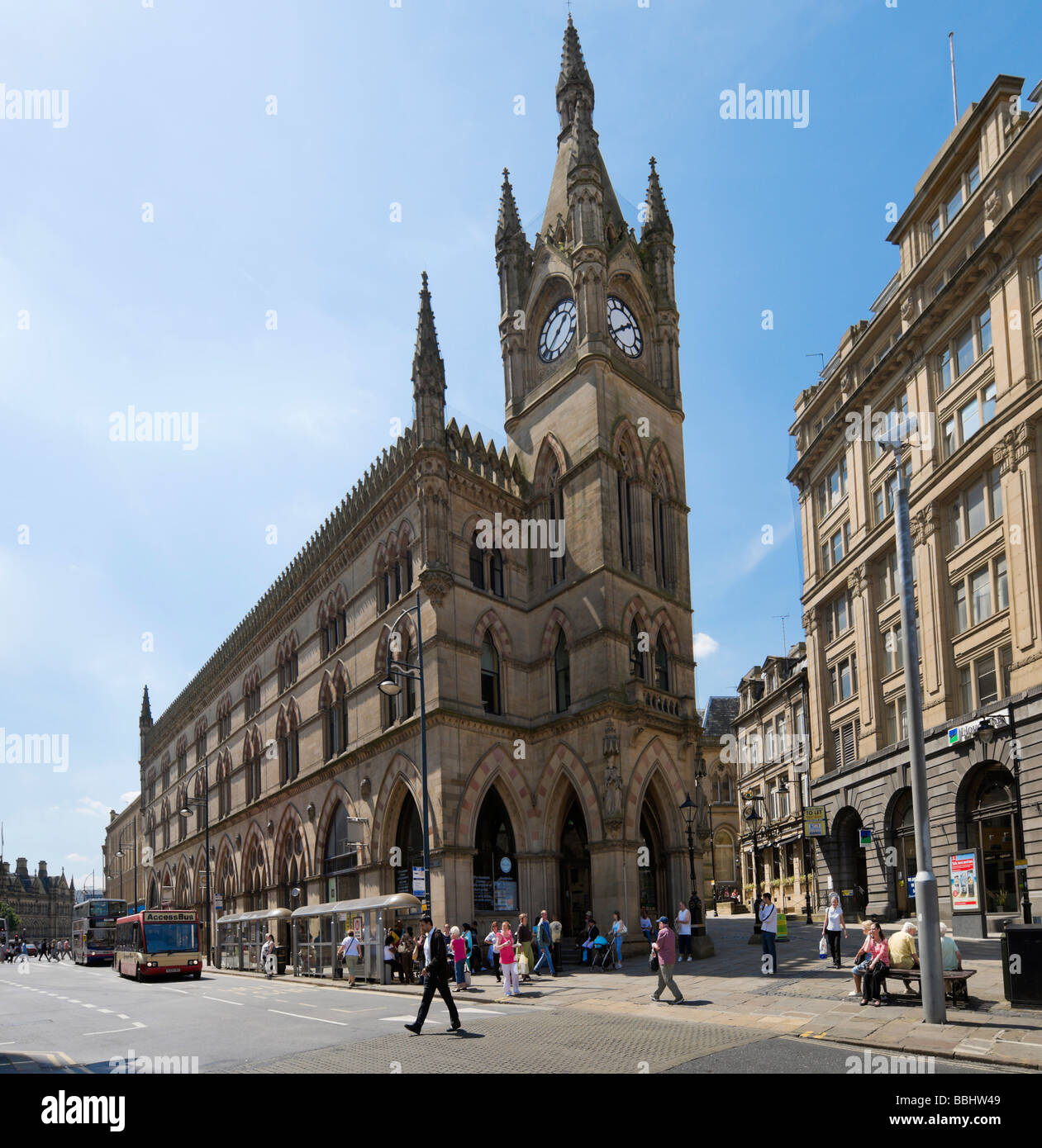 The Wool Exchange Building viewed from Market Street, Bradford, West Yorkshire, England - Stock Image