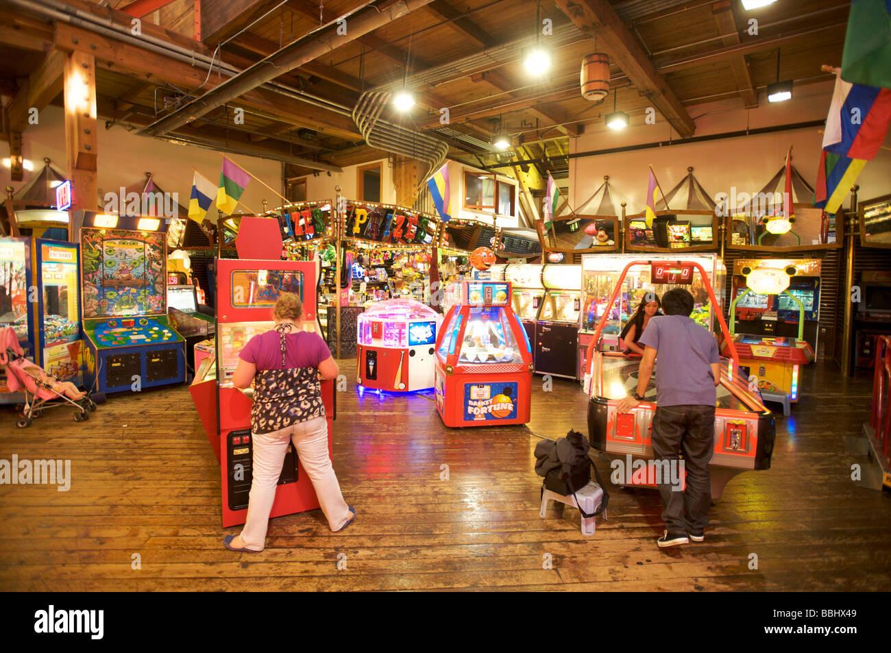 Video game and Penny arcade, Fisherman's Wharf, Seattle WA, USA - Stock Image