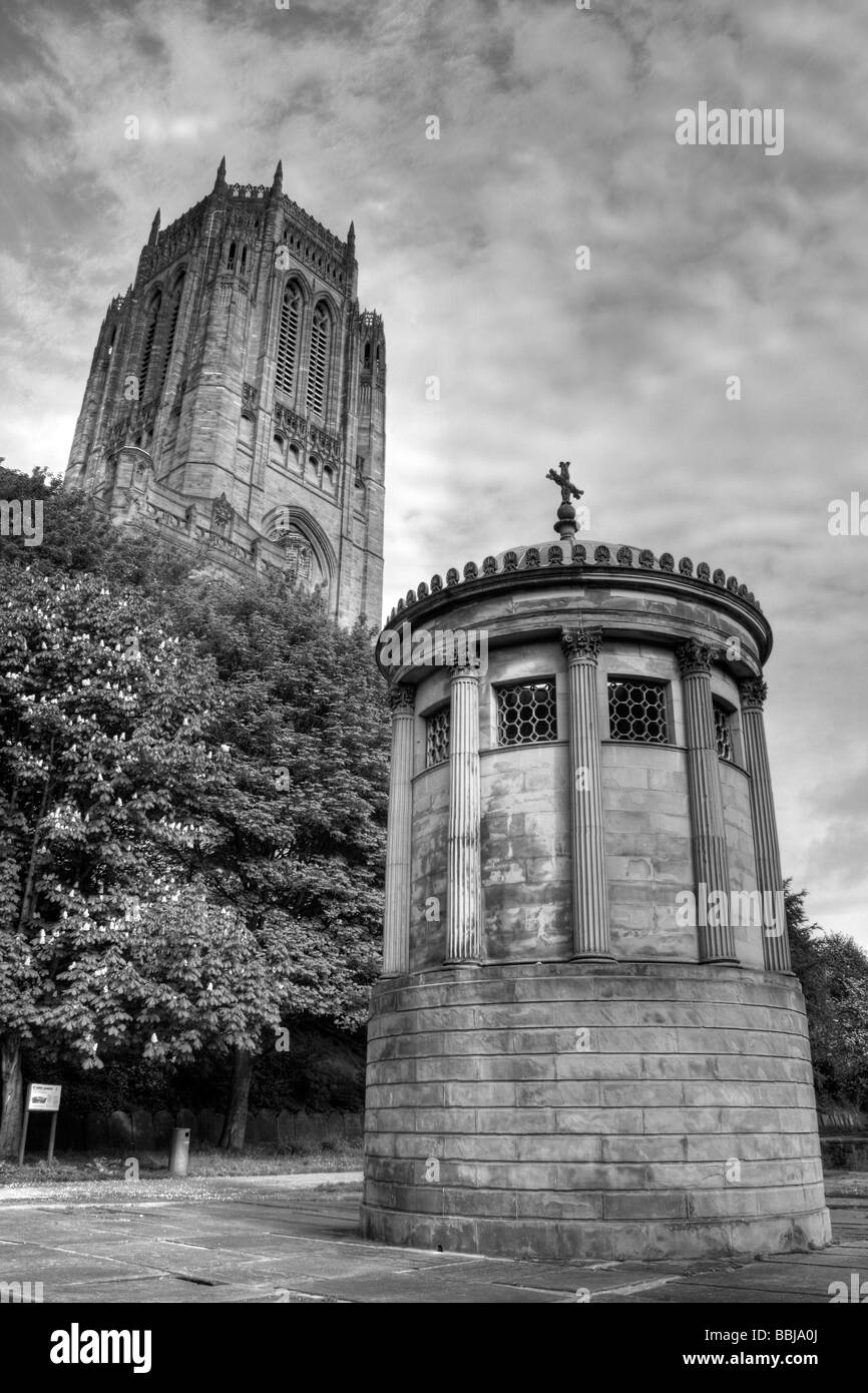 HDR Portrait Of The William Huskisson Memorial And Tower Of Liverpool Anglican Cathedral, Merseyside, UK Stock Photo