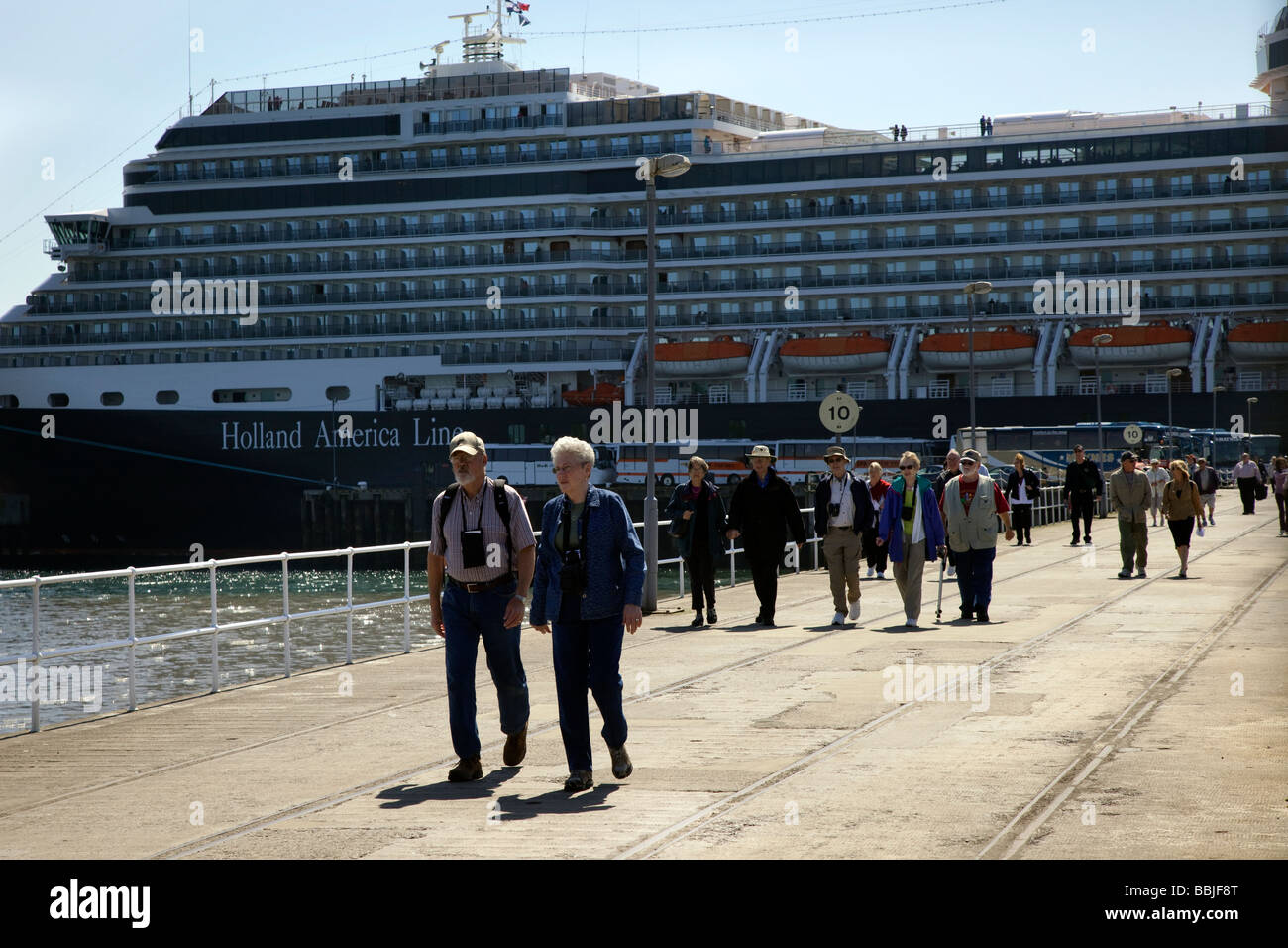 Passengers disembarking  from Eurodam at Invergordon, Cromarty Firth, Scotland, UK - Stock Image