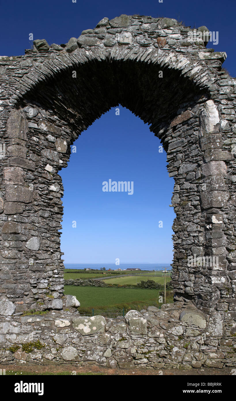 large window in the gable wall of ardtole church the 15th century ruined church ardglass county down northern ireland - Stock Image