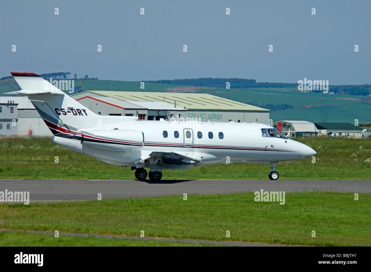 Raytheon Hawker 800XP Business Jet Aircraft at Inverness Airport Scotland.   SCO 2480 - Stock Image