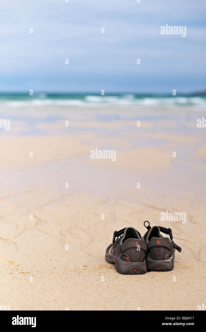 Sandals on Traigh Scarista beach, Isle of Harris, Outer Hebrides, Scotland - Stock Image