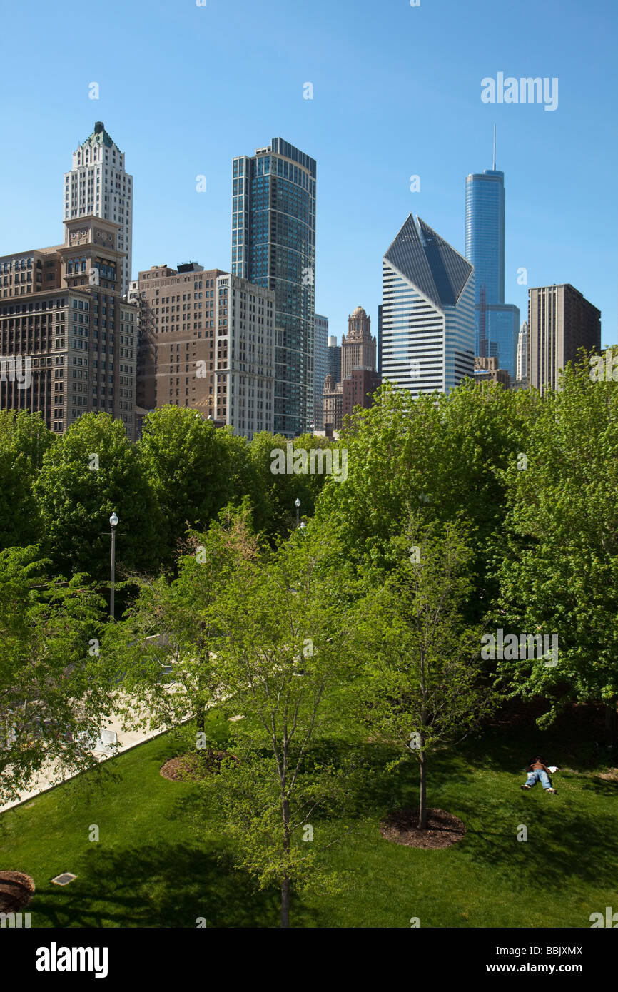 CHICAGO Illinois Lurie Garden in Millennium Park viewed from Nichols Bridgeway city skyline open space and trees - Stock Image